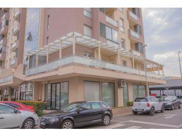 Stan u starijoj zgradi, Izdavanje, Podgorica, City kvart