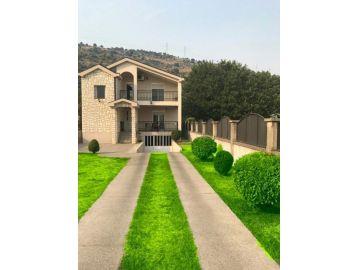семейный дом, аренда, Podgorica, Tološi