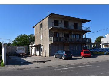 Porodična kuća, Prodaja, Podgorica, Zagorič