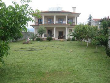 Porodična kuća, Izdavanje, Podgorica, Donja Gorica