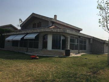 Porodična kuća, Prodaja, Podgorica, Donja Gorica
