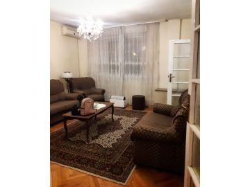 Stan u zgradi, Izdavanje, Podgorica, Preko Morače