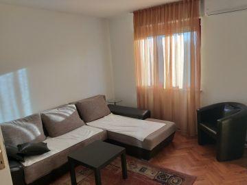 Flat in a building, Rent, Podgorica, Preko Morače