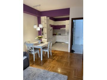 Flat in a building, Rent, Podgorica, City kvart
