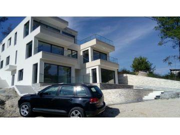 Porodična kuća, Prodaja, Tivat, Centar