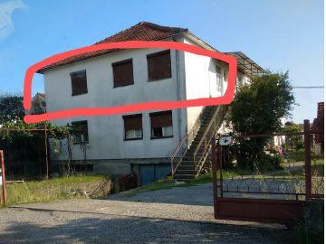 Stan u višeetažnoj kući, Prodaja, Podgorica, Tološi