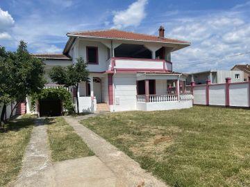 Samostojeća kuća, Izdavanje, Podgorica, Gornja Gorica